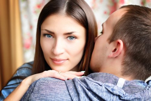 30代の妻に贈るクリスマスプレゼント|奥さんと愛が深まる15選