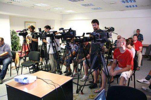 【ロンブー再出発】記者会見の生配信視聴方法と放送時間|民法のテレビは?