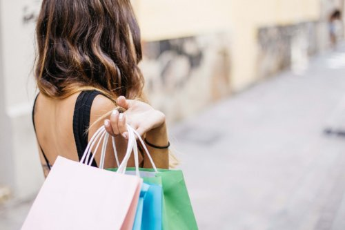 尾上右近のケンケンカレーの値段や通販で買える?購入方法や口コミ調査